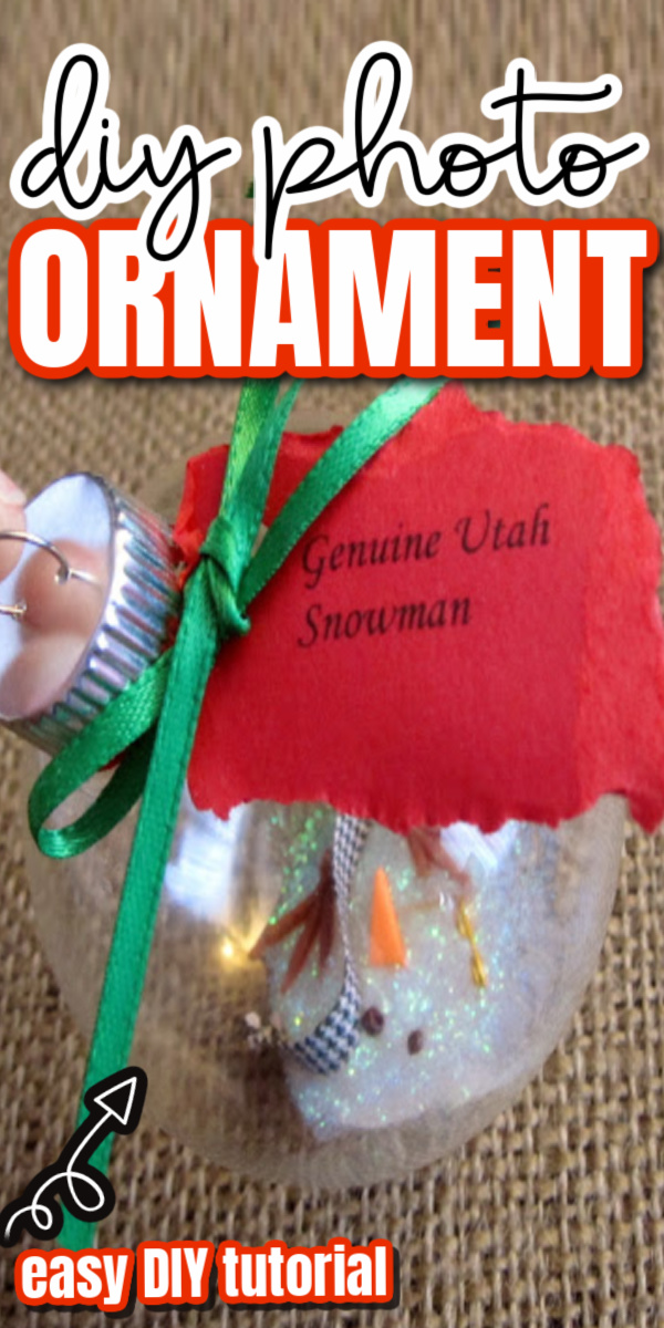 How to make an adorable melted snowman christmas ornament. Fun and easy craft and gift idea. via @raegun