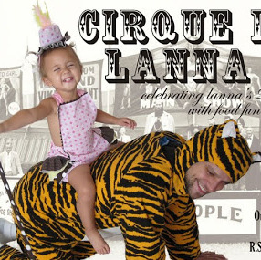 Show and Tell: Lanna's Circus Birthday Invite