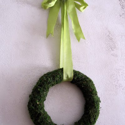 Tutorial: Spring Moss Wreath