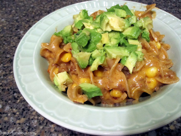 Great spin on mac and cheese. Taco mac and cheese recipe.