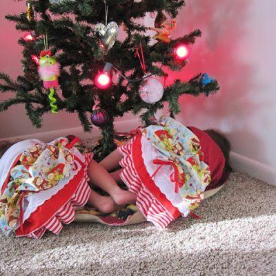 Tutorial: Christmas Bustle Skirts