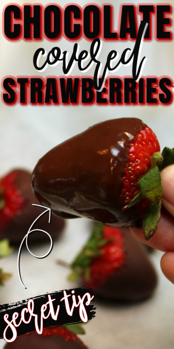 Why didn't I know this trick for perfect chocolate covered strawberries!? I won't do them any other way now. So easy and delicious for quick dessert or treat. via @raegun