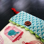 iphone or ipod travel case. fun diy sewing tutorial you can make with fabric scraps