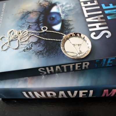 Shatter Me Mirror Necklace Tutorial