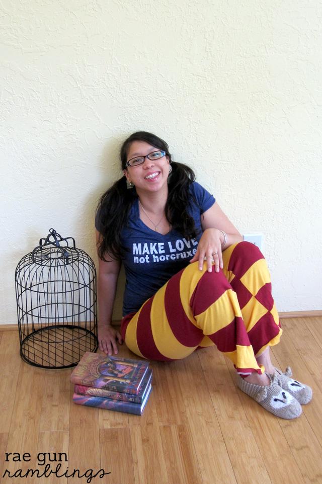 How to Make Gryffindor Harry Potter Pants at Rae Gun Ramblings