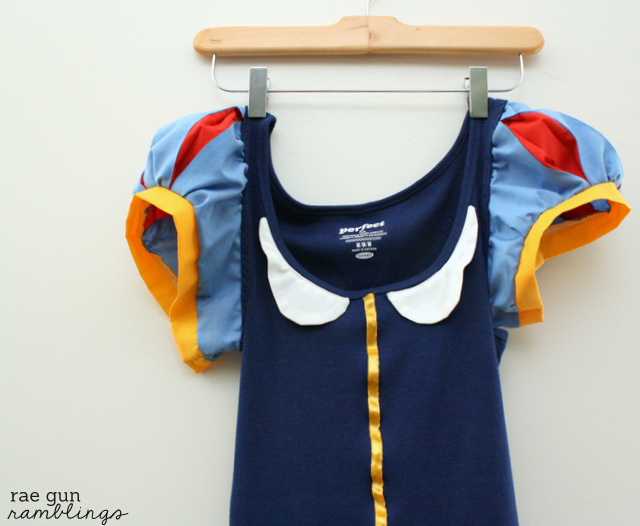 Snow White Shirt Tutorial turn a basic tank into a cute costume - Rae Gun Ramblings