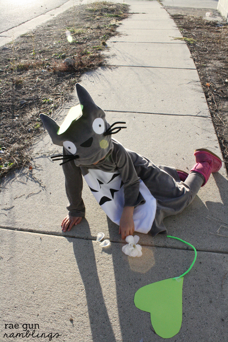 My Neighbor Totoro child's costume - Rae Gun Rambling