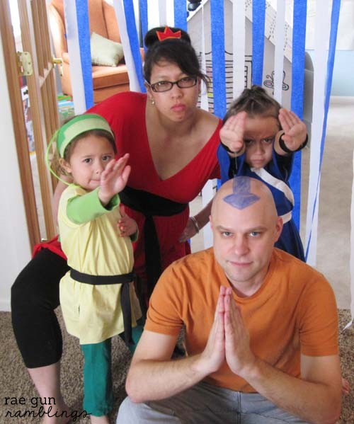 Family Avatar the Last Airbender costumes. Firebender, earthbender, waterbender, and airbender - Rae Gun Ramblings