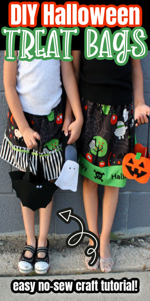 how to make super easy cute treat bags for Halloween out of felt. Great Kids Craft idea via @raegun