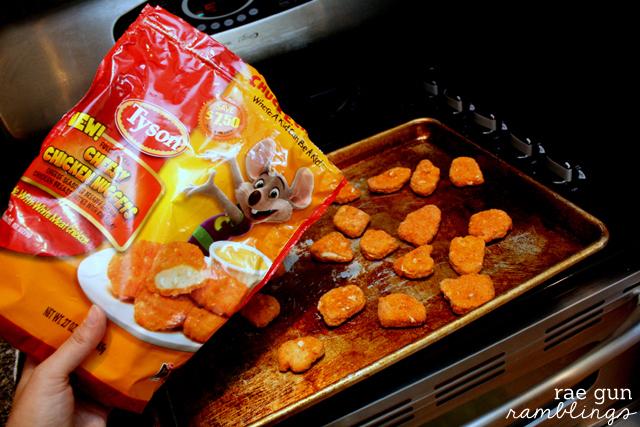 Cheesy chicken nuggets and avocado ranch dipping sauce recipe at Rae Gun Ramblings #LoveUrNuggets #cbias #ad