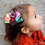 Make your own simple ribbon turkey hair clip tutorial at Rae Gun Ramblings #turkeytablescapes