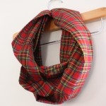 10 Minute Infinity Scarf Tutorial. Great beginning sewing project - Rae Gun Ramblings