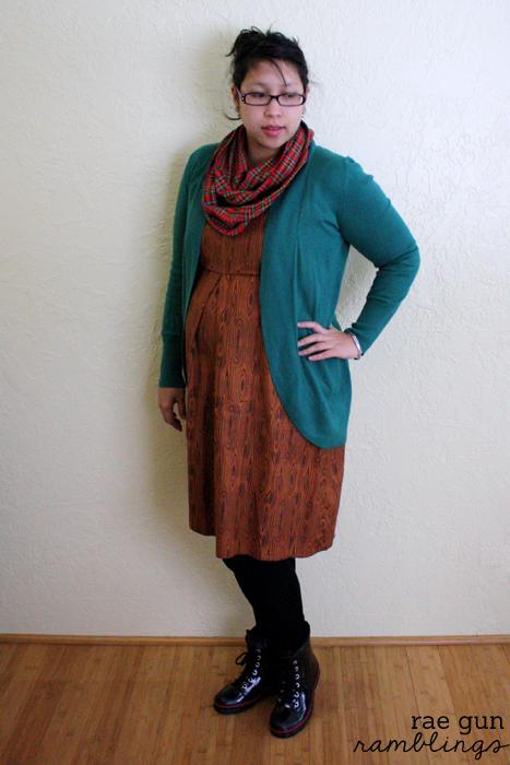 Pleat for baby bump maternity dress at Rae Gun Ramblings