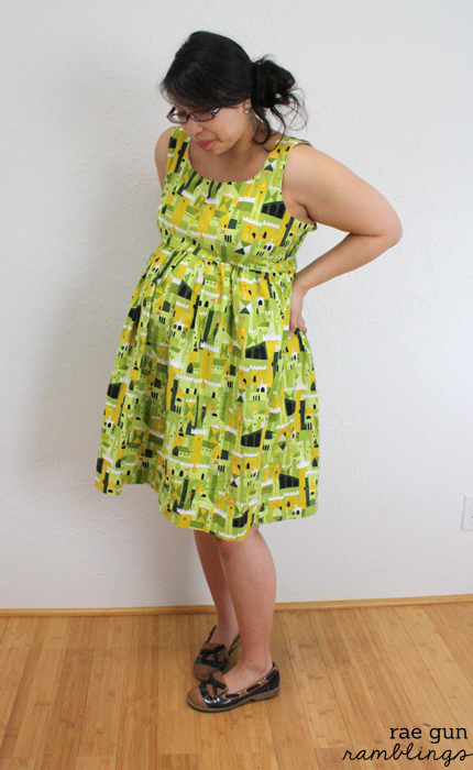 Maternity dresses and tops to make yourself at Rae Gun Ramblings