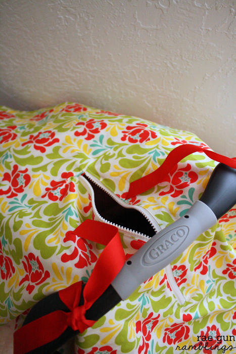 Basic car seat cover tutorial with simple zipper peep hole option at Rae GUn Ramblings