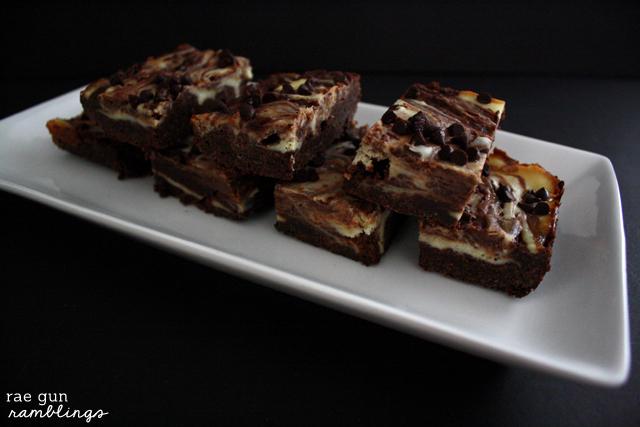 Cheesecake Swirled Brownies Recipe - Rae Gun Ramblings