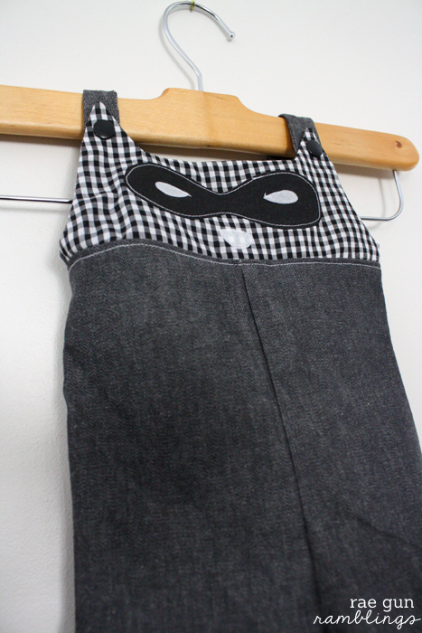 Super cute DIY overalls with raccoon faces - Rae Gun Ramblings