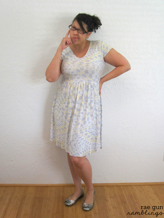 Help finish this dress! at Rae Gun RamblingsHelp finish this dress! at Rae Gun Ramblings