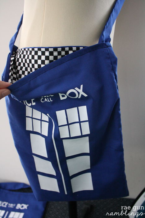 Doctor Who Tardis Bag Tutorial With Marissa From Rae Gun