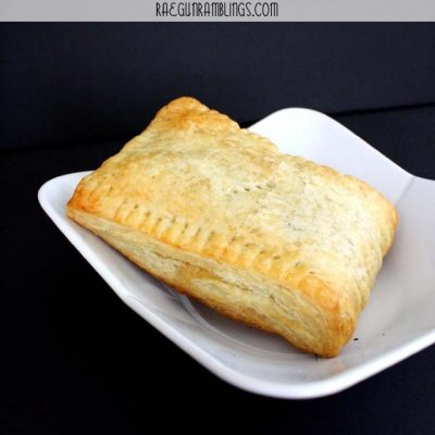 Guest Posting at LMLD: Apricot Hand Pies