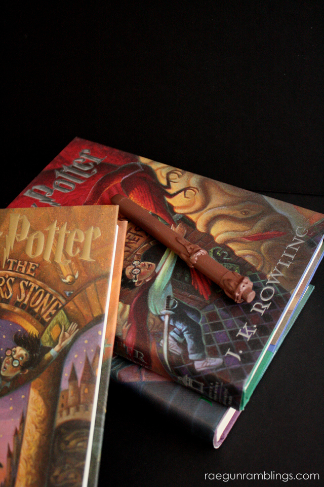 How to make an easy Harry Potter Wand that lights up - Rae Gun Ramblings