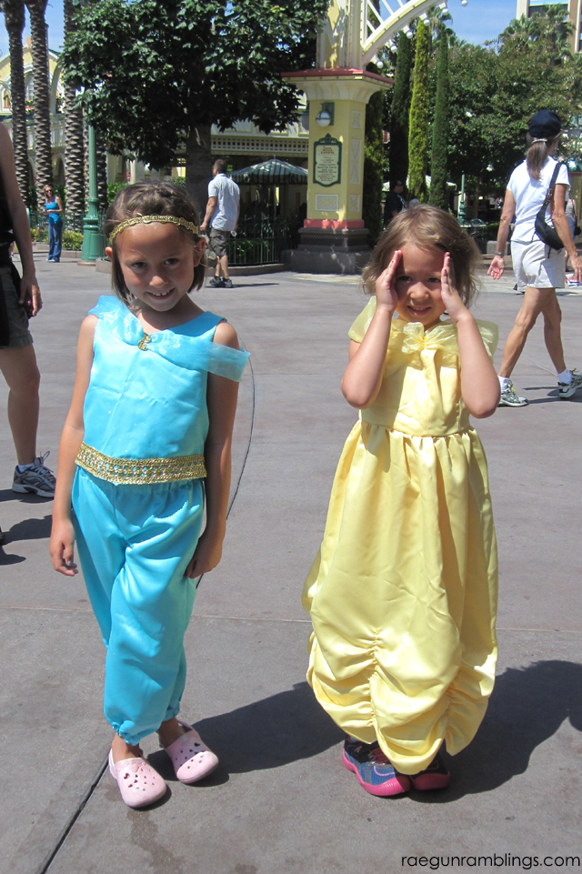 DIY DIsney Princess Costumes. Tutorials at Rae Gun Ramblings