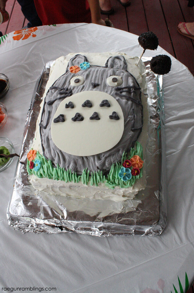 Totoro Birthday Cake - Rae Gun Ramblings