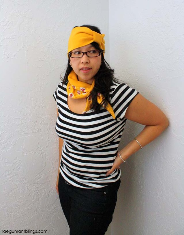 Collar Cozy and Ear warmer headbands great gift ideas and super fast and easy tutorials at Rae Gun Ramblings