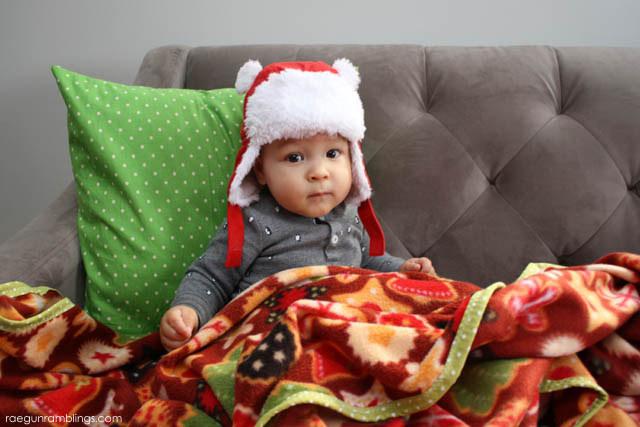 30 minute family sized blanket tutorial - Rae Gun Ramblings