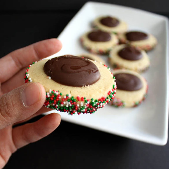 Yummy Christmas Thumbprint Cookies and over 40 other cookie recipes - Rae Gun Ramblings