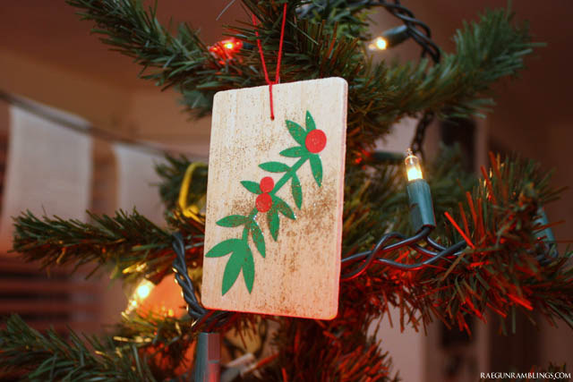 Easy DIY mod podge Christmas Ornaments - Rae Gun Ramblings