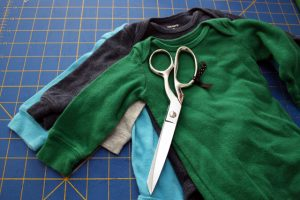 How to alter kids clothing. Easy tutorial for shortening and hemming sleeves for a professional finished look - Rae Gun Ramblings