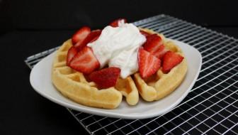 delicious buttermilk waffles recipe. great fast breakfast