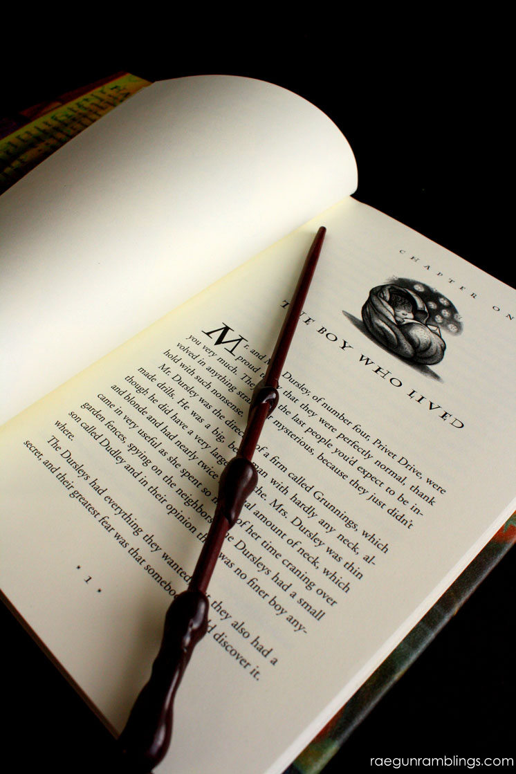 Harry Potter Reading List. Hundreds of books for Harry Potter fans of all ages.