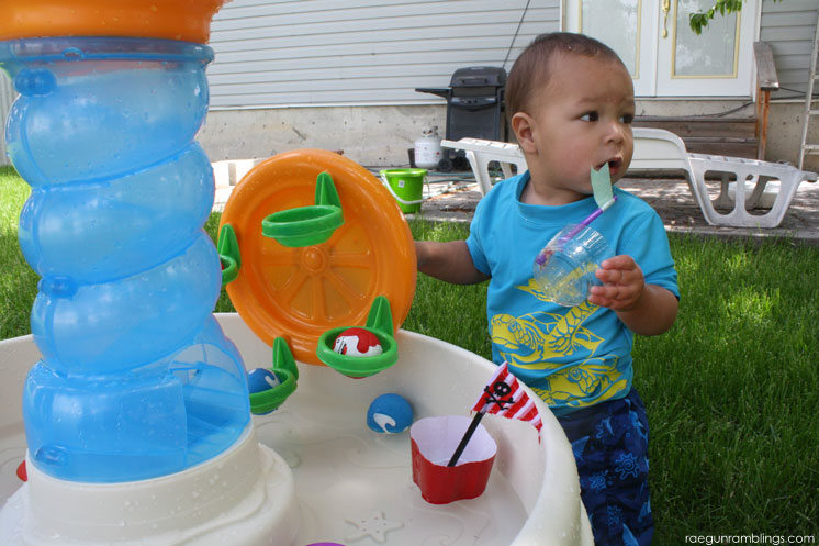 Awesome water table and cute pirate ship craft project for the Kids