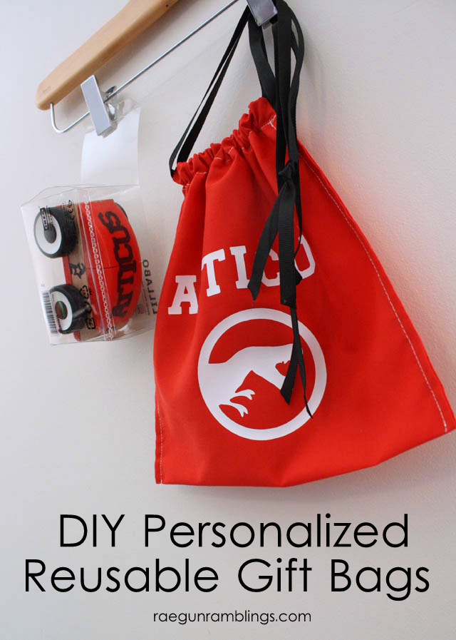 Super fast DIY personalized reusable gift bag tutorial