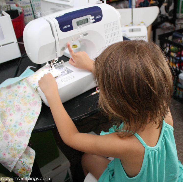 20 minute DIY skirt tutorial great for teaching kids to sew