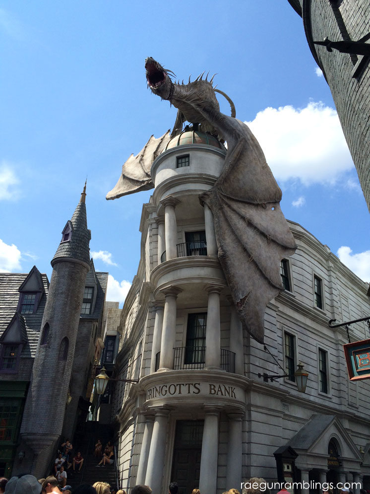 Gringotts Ride and DIagon alley plus huge photo tour or the wizarding world of harry potter