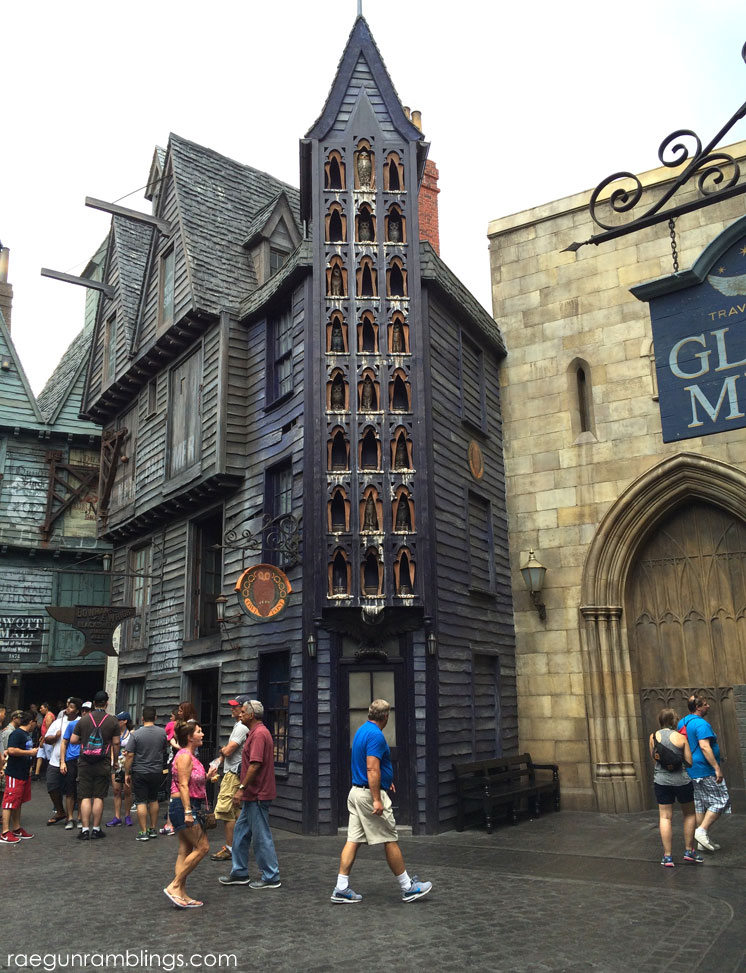 Can't wait to vacation at universal orlando Lots of pictures so you can experience what it's like to walk through the wizarding world of harry potter