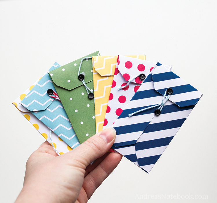 Easy DIY gift card holders lots of styles and tutorials