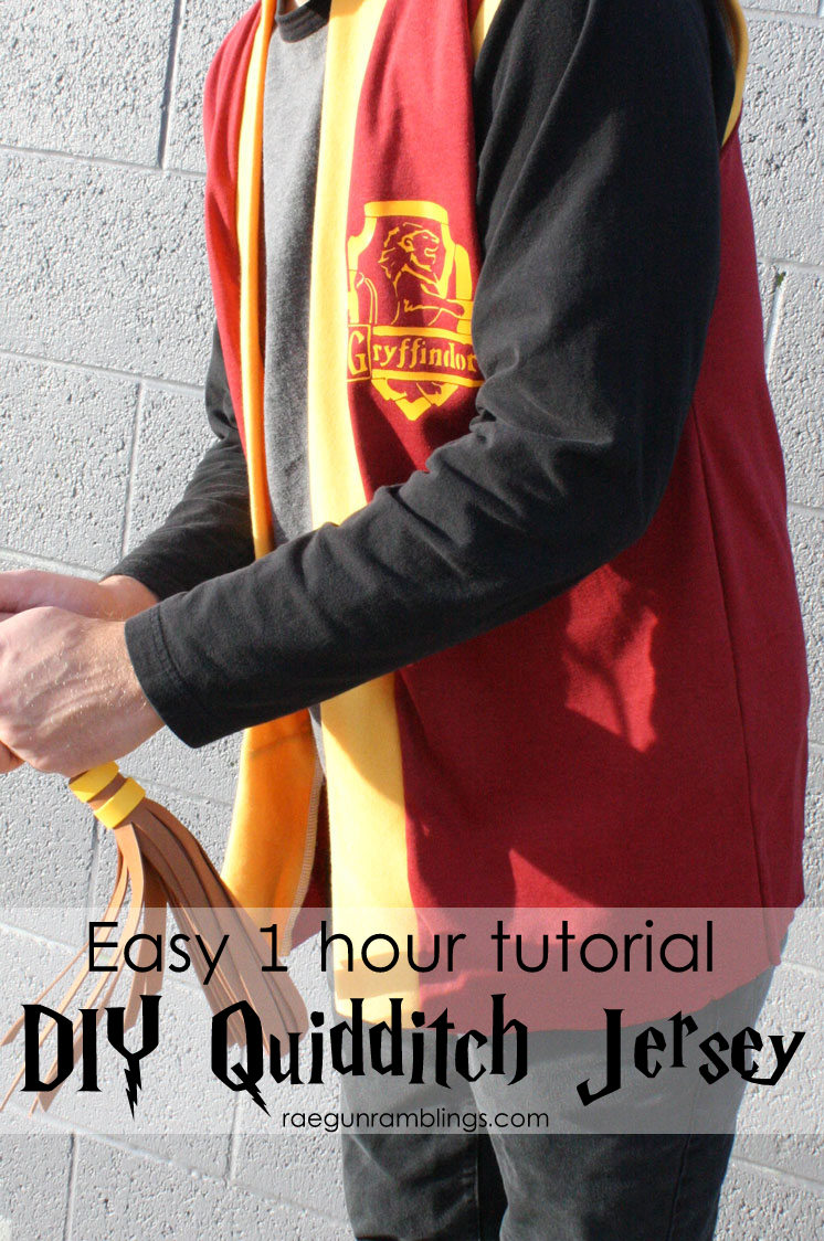 Love this. Easy DIY Harry Potter Quidditch jersey. fast sewing tutorial