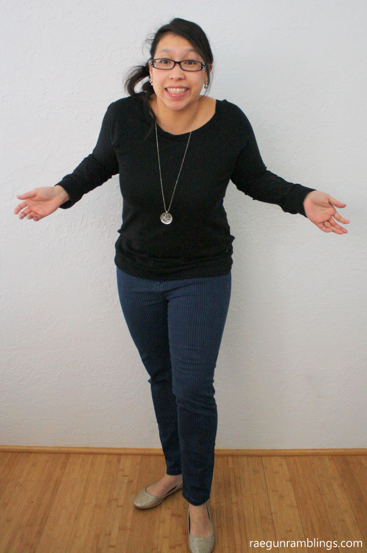 quick and easy DIY slouchy sweatshirt sewing pattern hack