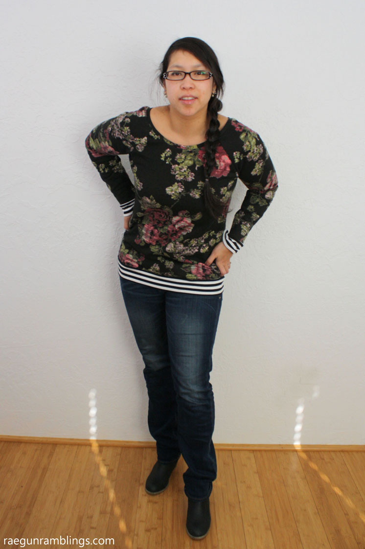 DIY slouchy sweatshirt great tutorial