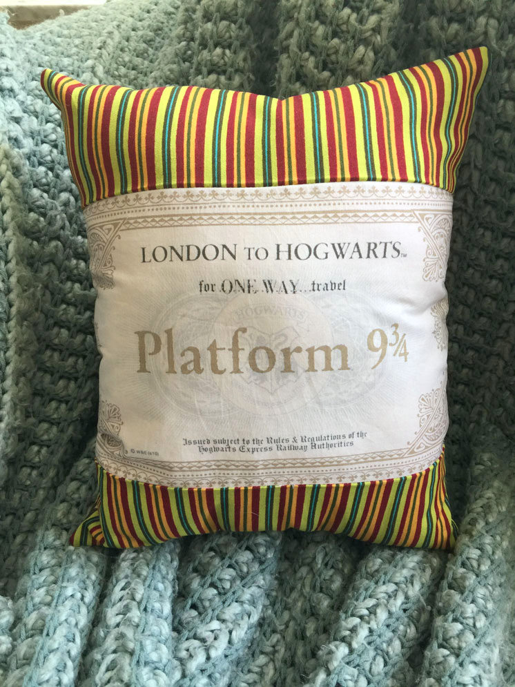 Hogwarts Express Ticket Pillow tutorial