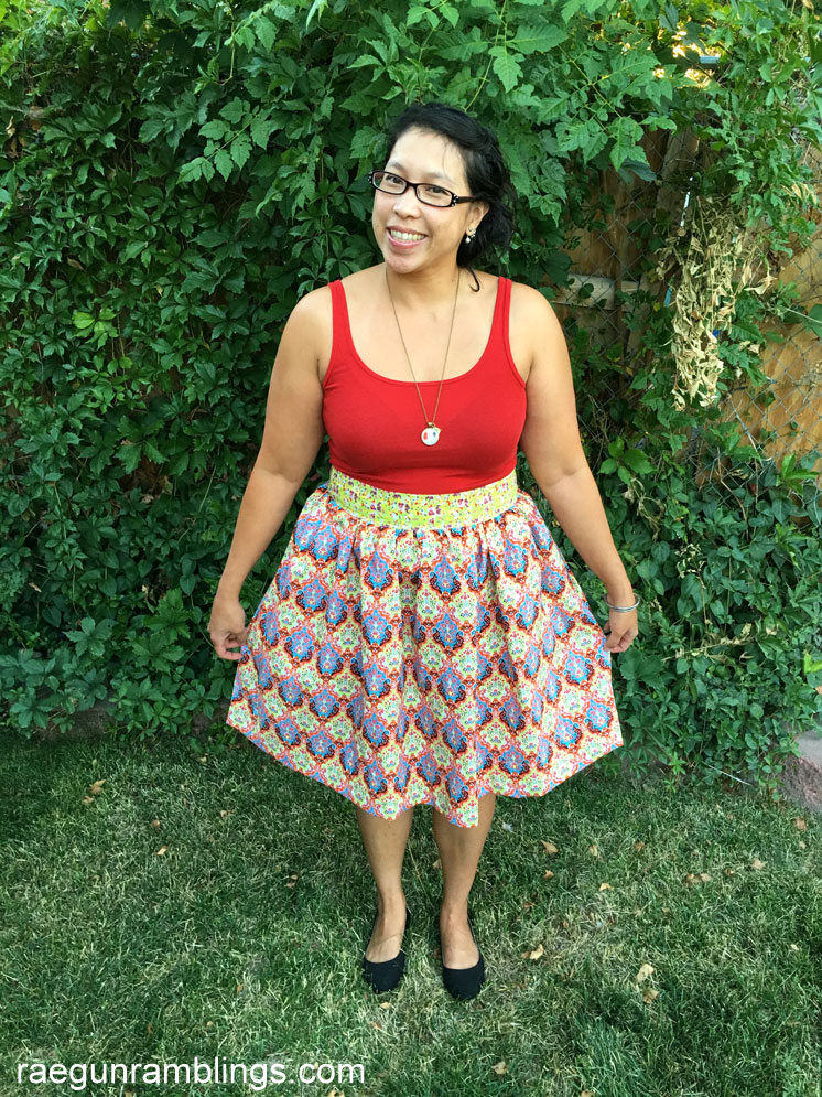 60 minute DIY gathered skirt tutorial with step by step video instructions. Great sewing project.
