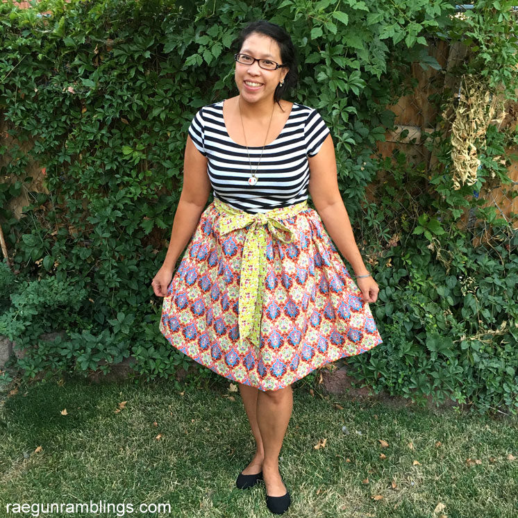 How to make a gathered skirt with bow sash. Sewing tutorial with full video instructions