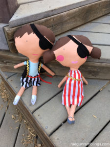 DIY giant pirate dolls. Great sewing project would make a fun gift.