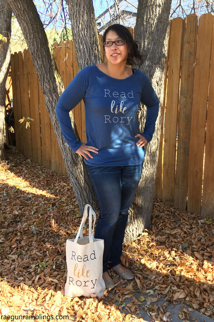 Read like Rory shirt and bag tutorial. Plus other Gilmore girls party ideas, crafts, and recipes