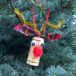 10 minute rudolf wine cork christmas craft tutorial