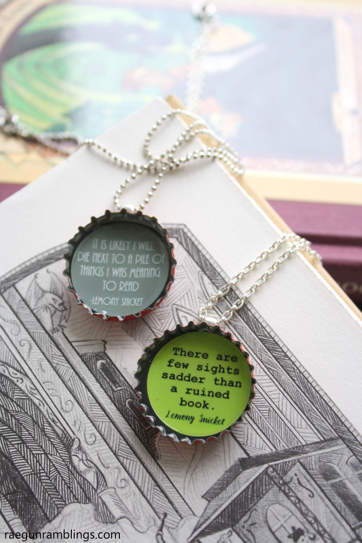 DIY book nerd necklaces. Cute upcycled bottle cap craft tutorial